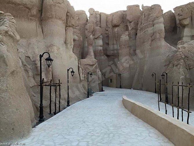 """""""السياحة"""" تعتمد برنامجًا لترميم المواقع التاريخية بالأحساء"""