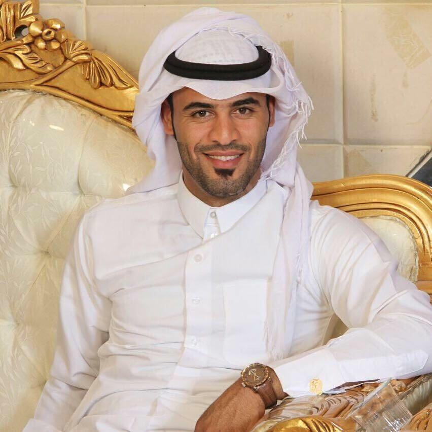 علي خليفة يرزق بمولودهِ البكر