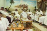 بالصور : وفدٌ من لجنة التنمية بالجفر يزور مركز النشاط بالمنيزلة