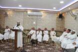 """بالصور: إدارة المهرجان تلتقي آباء فرسان """"جماعي25"""" وتكرم """"أبا نوح""""."""